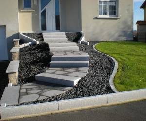 In out concept marche bloc et opus granit sarreguemines for Bloc marche escalier